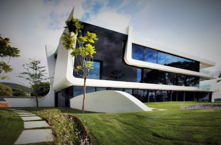 Weave House By A-Cero Has a Spanish Air