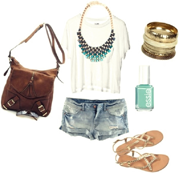 boho outfit with white tee