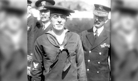 Realizing He Only Had One Option, A Sailor Sealed Himself Inside a Sinking Submarine in An Amazing Act of Heroism